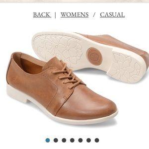 Women's Oxford shoes